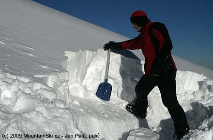 Sněhu bylo místy i více než dost