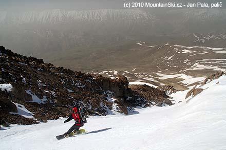 Mišo valí dolů kopcom z 4200 metrů