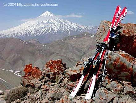 Iran skiing 2004– Damavand