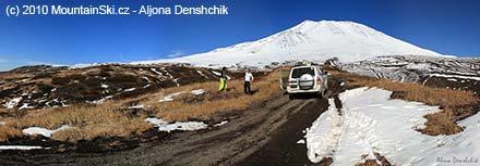 Cestou k vulkánu Kozelskij - stačí obyčejné 4WD auto