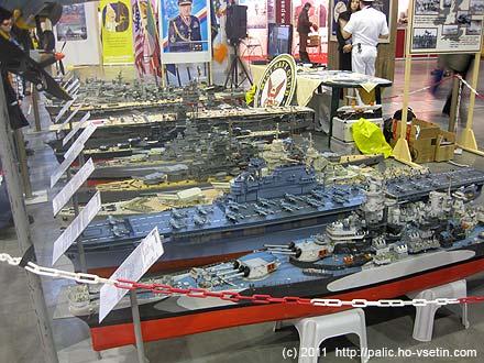Výstava funkčních maket bitevních lodí, letadlových lodí, křižníků a torpédoborců byla výborná